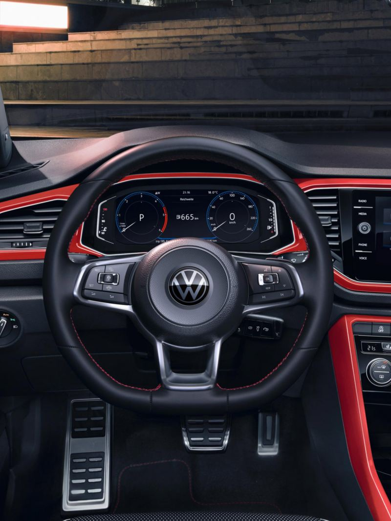 T-Roc Sport Interieur mit Dash Pads in Flash-Rot