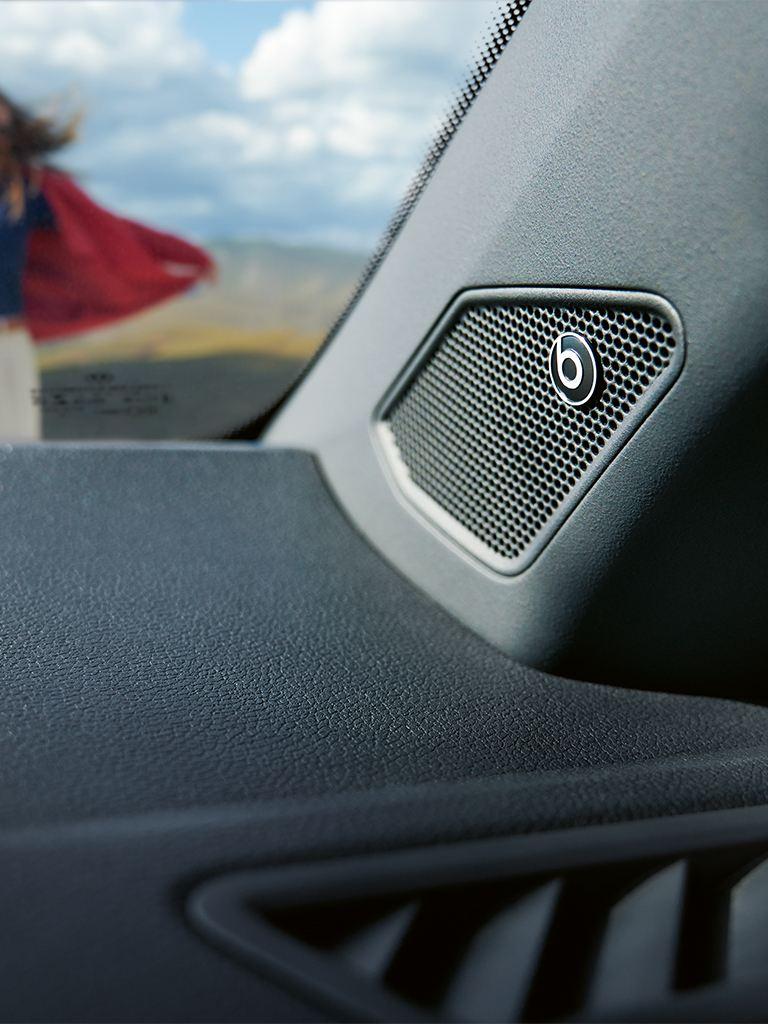 VW T-Roc Cabriolet mit Beats Soundsystem