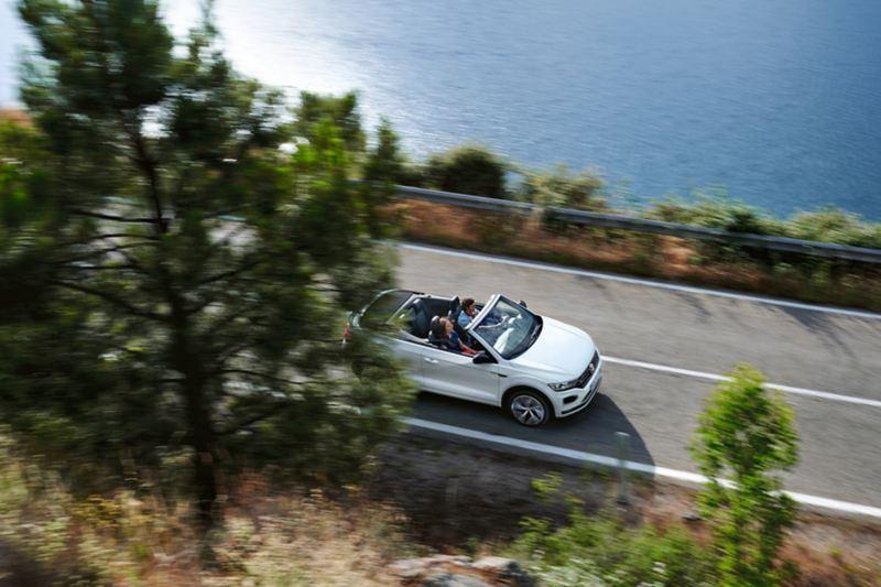 T-Roc Cabriolet Volkswagen in movimento