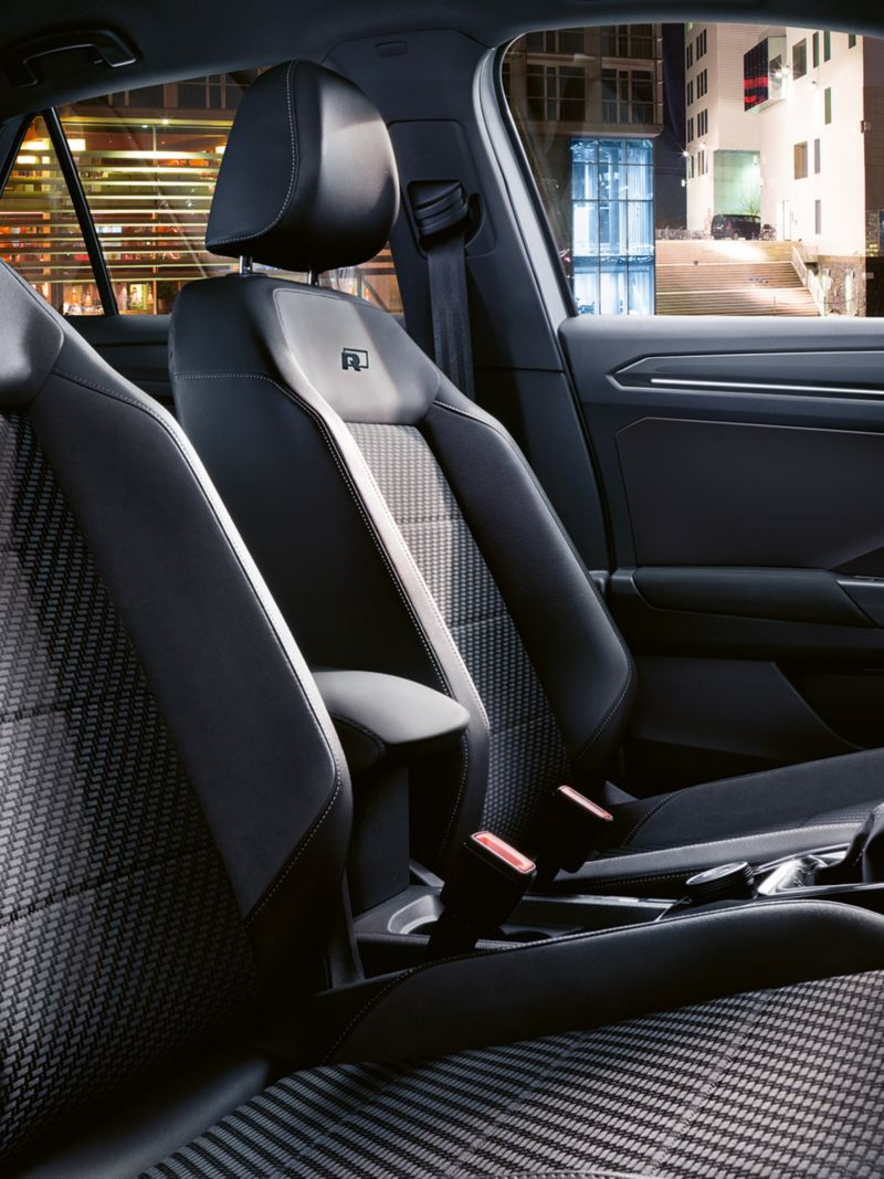 T-Roc with R-Line Interior and sport comfort seats
