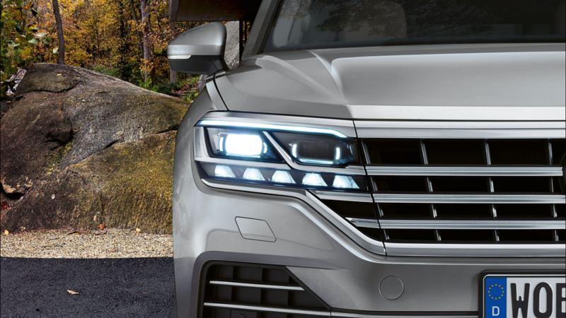 Volkswagen Touareg IQ LED matrix frontlykter førerassistentsystem