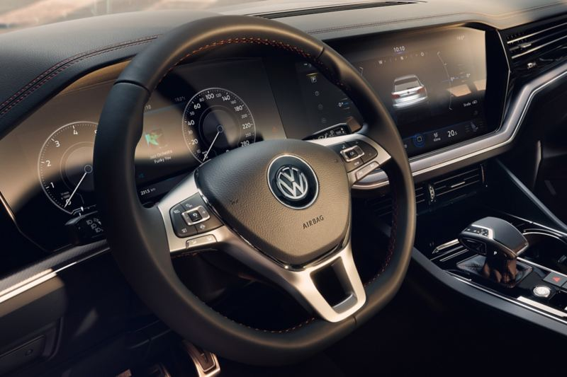 Cockpit des VW Touareg One Million mit digitalem Kombiinstrument