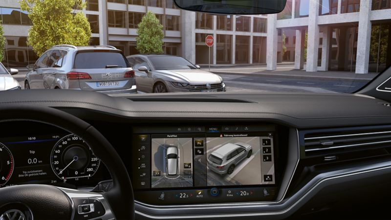 Surrounding view of the Area View in the VW Touareg