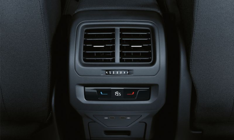 "Control of the ""Air Care Climatronic"" in the back in the VW Touran"