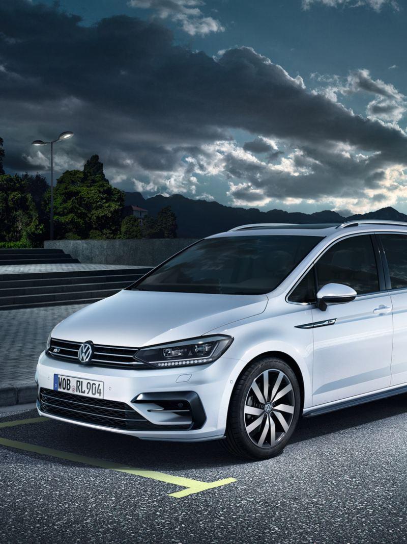 2020 VW Touran Speed Test