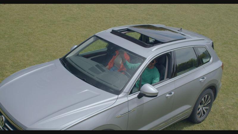 Vista del interior del Volkswagen Touareg, iluminación ambiental
