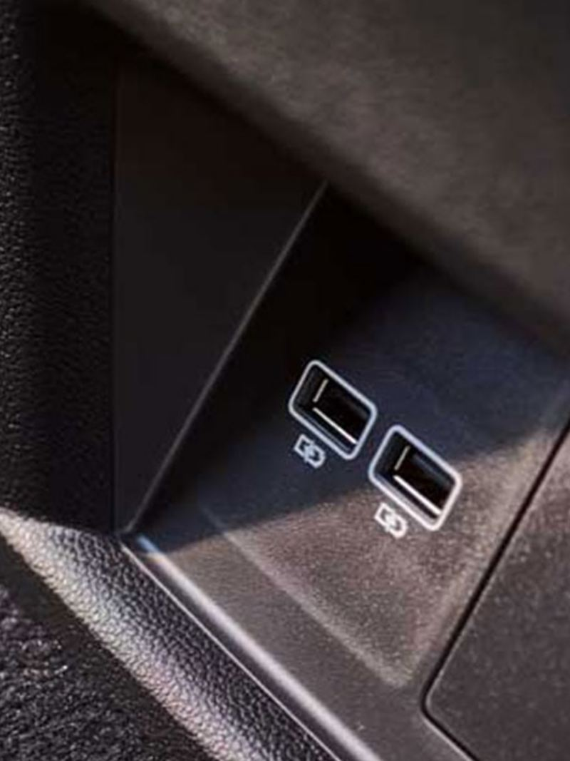 4 USB ports in the Volkswagen Teramont