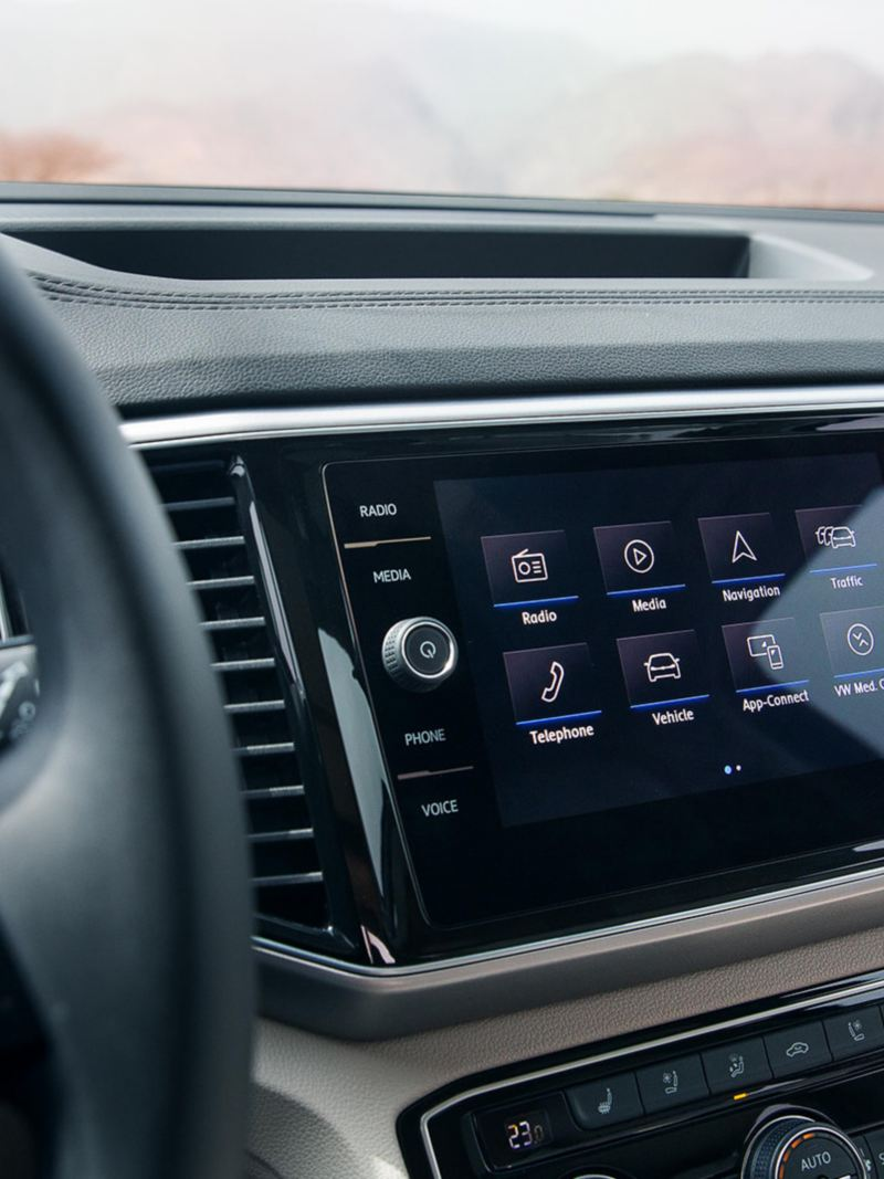 Infotainment system inside the Volkswagen Teramont