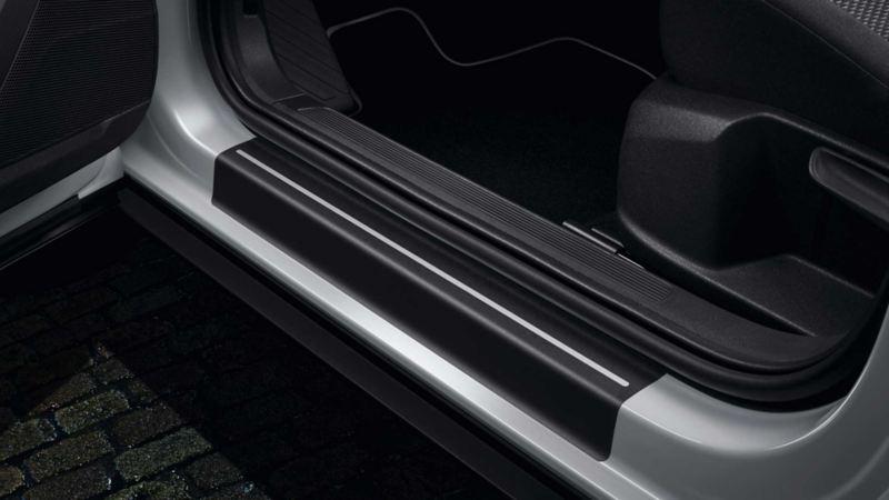 Terskelfolie for beskyttelse av førerdør og passasjerdør i VW Volkswagen T-Roc SUV