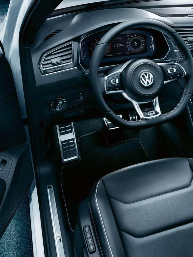 R-Line interior of the Volkswagen Tiguan
