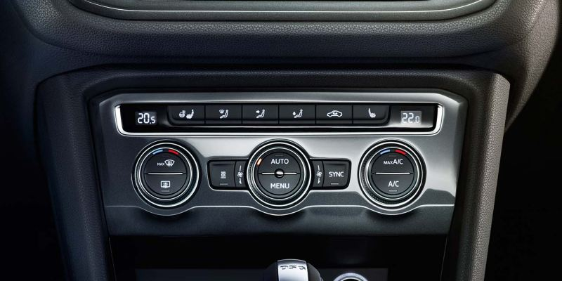 Aircon controls in the Volkswagen Tiguan