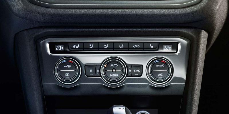 Aircon controls in the Volkswagen Tiguan