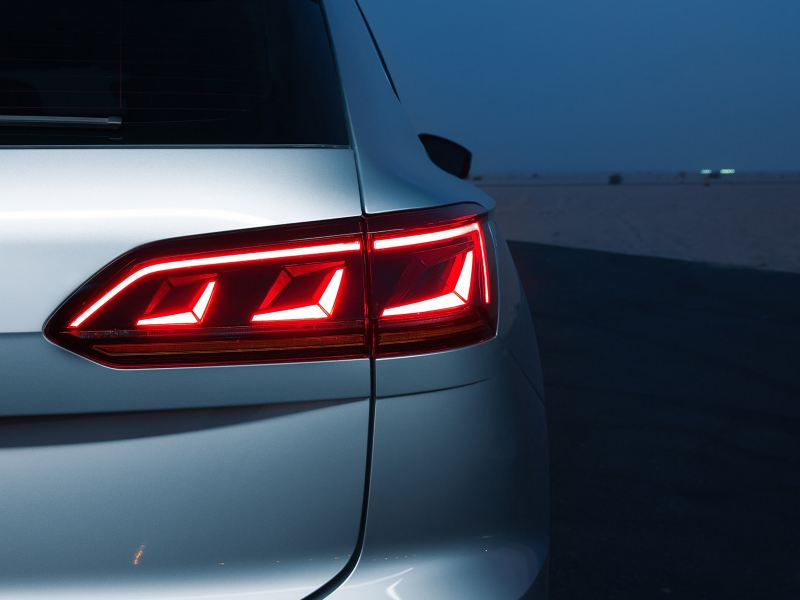 Closeup of the Volkswagen Touareg LED Matrix taillight