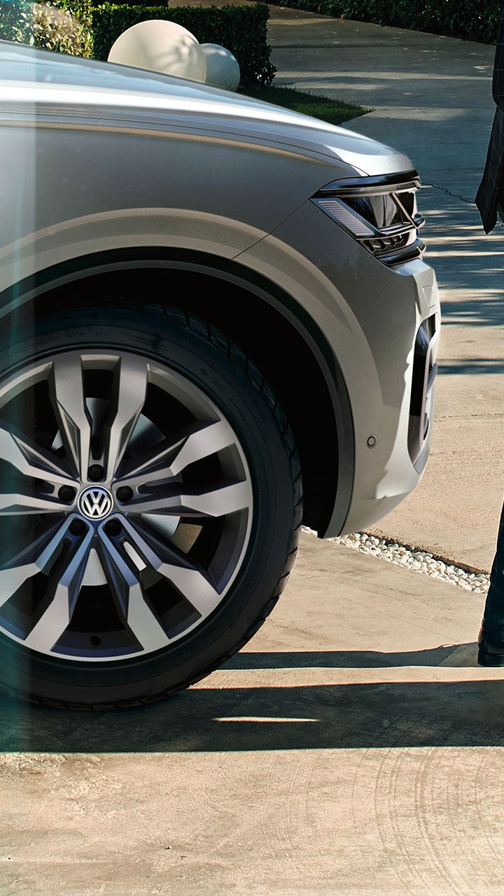 Dettaglio pneumatico anteriore Volkswagen