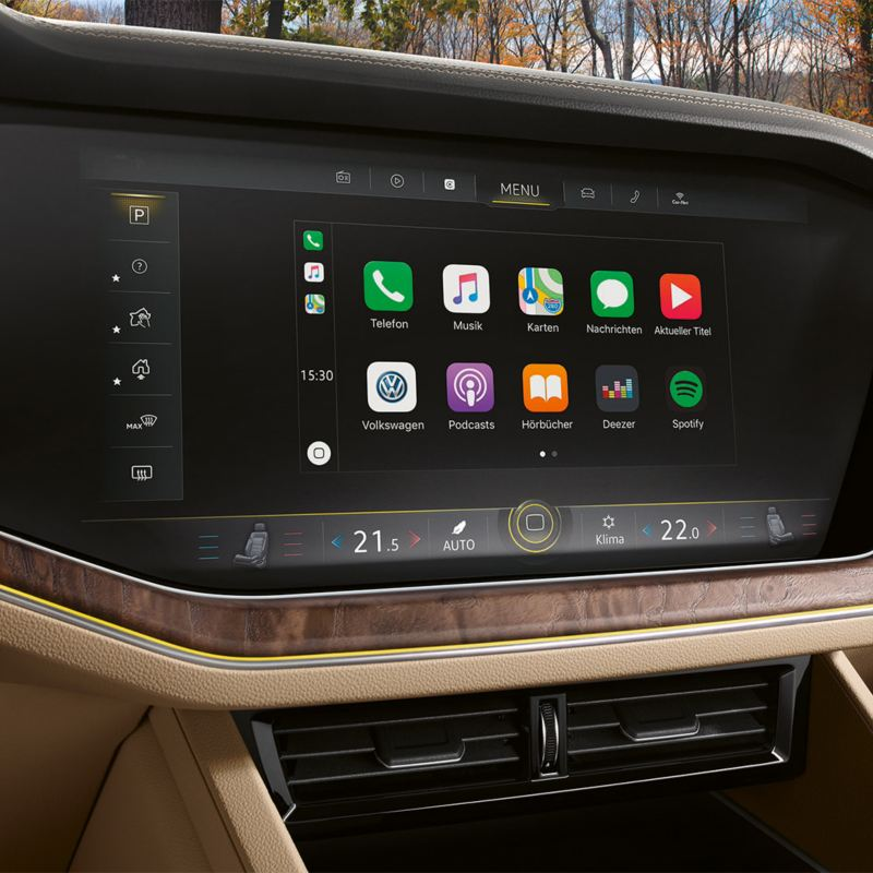 Infotainment touchscreen in the Volkswagen Touareg