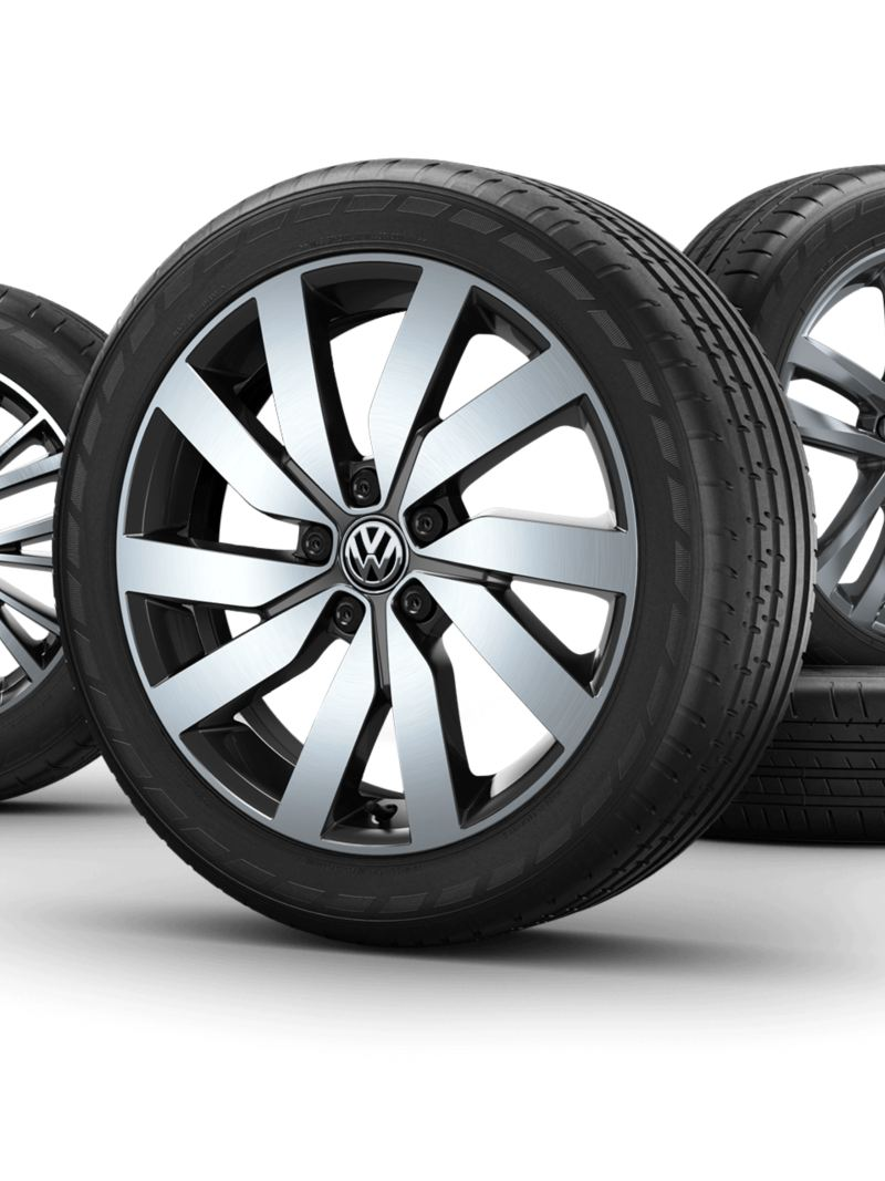 "Wheels of a VW Touran with the rims ""Marseille"", ""Salvador"", ""Vallelunga""."