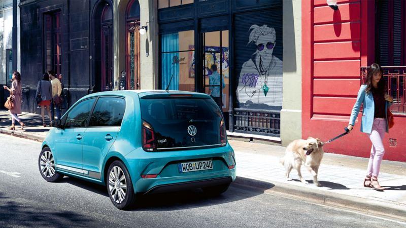 VW up! Kleinwagen in blau