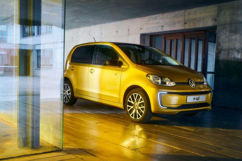 3-4 frontale esterni Nuova e-up! Volkswagen