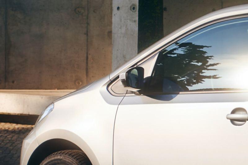 particolare specchietto eco up! city car - Volkswagen