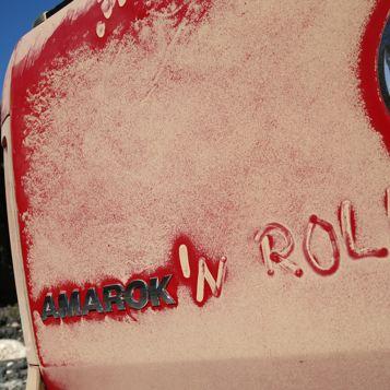 Auf dem Amarok wurde «Amarok'n Roll» in den Staub geschrieben