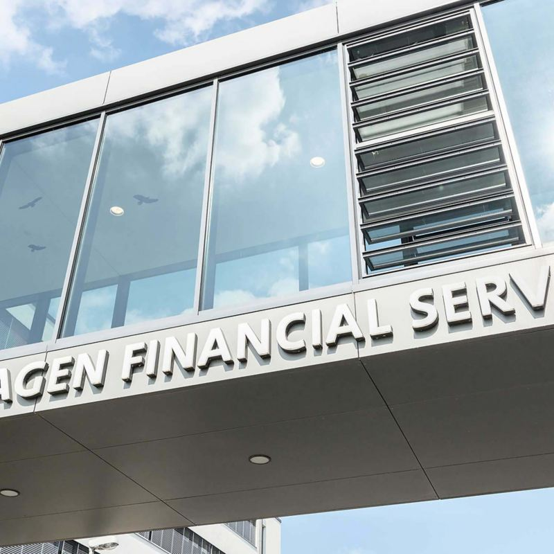 Particolare della sede Volkswagen Financial Services situata a Milano