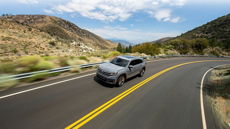 Volkswagen Atlas Cross Sport under the sun