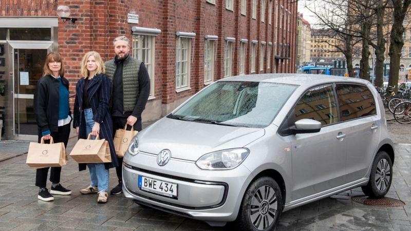 "Susanne, Jennie & Johan med ""Elis"" - en e-up! från Volkswagen"