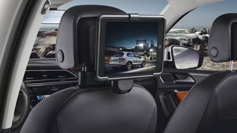 Volkswagen Genuine Bracket for Apple iPad 2-4
