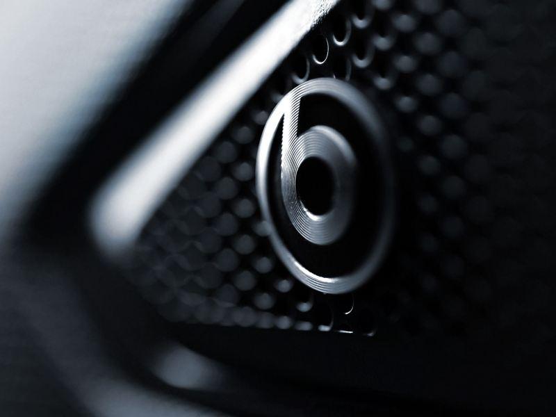 Bocina BeatsAudio, parte del sistema de sonido del Jetta GLI 2020 de Volkswagen