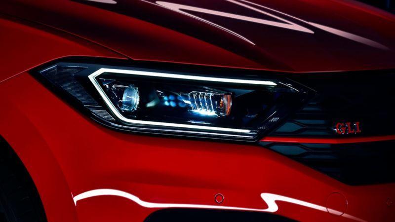 Faros y calaveras LED presentes en el Jetta GLI 2020 de Volkswagen