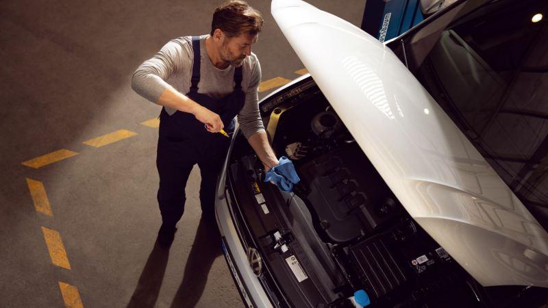 Volkswagen 機油與油品類