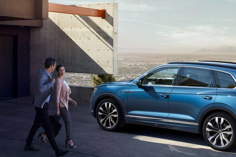 Ta vare på deg selv: Ved innbruddsforsøk varsler VW Touareg deg med en melding.