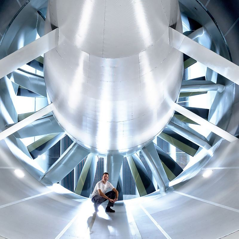 Im Windkanal des Volkswagen Entwicklungszentrums