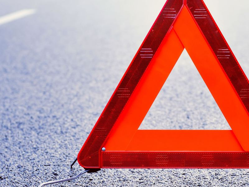 A warning triangle from Volkswagen Accessories