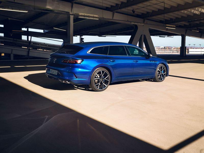 A blue VW R Arteon Shooting Brake parked on a carpark roof