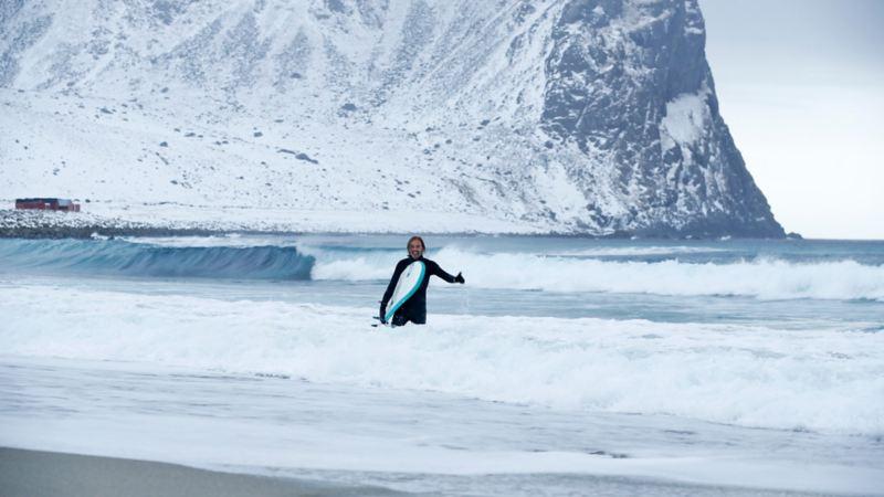 Vintersurfing med Unstad Arctic Surf