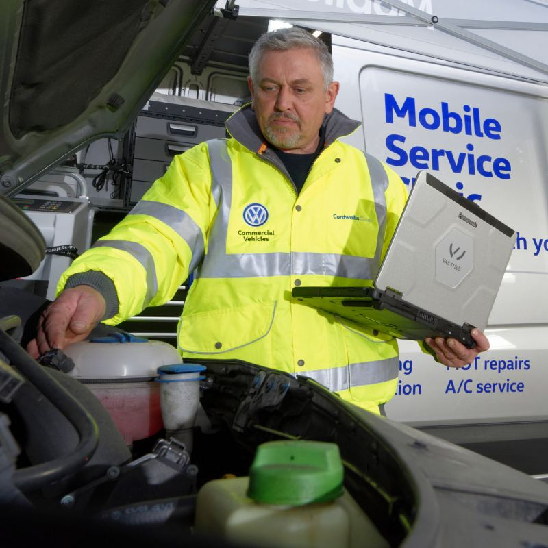 Mobile service worker opened trunk