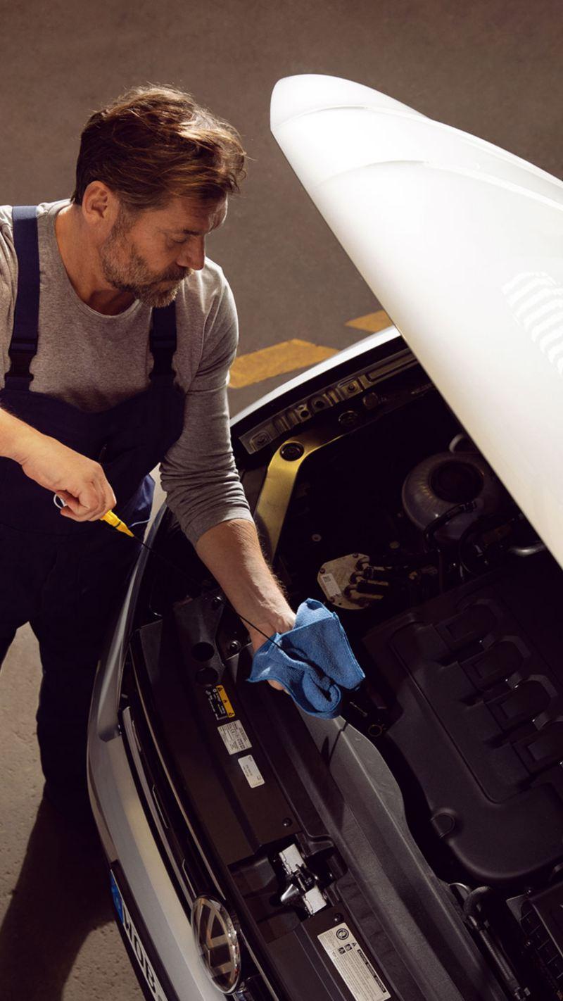 Aceite de motor - Descubre qué es y cuál es el mejor para tu auto Volkswagen