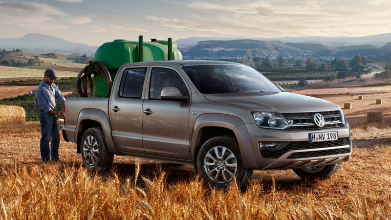 vw Amarok Volkswagen pickup 4x4 tilhengerfeste lasteplan åker korn bonde unormal slitasje leasingbil
