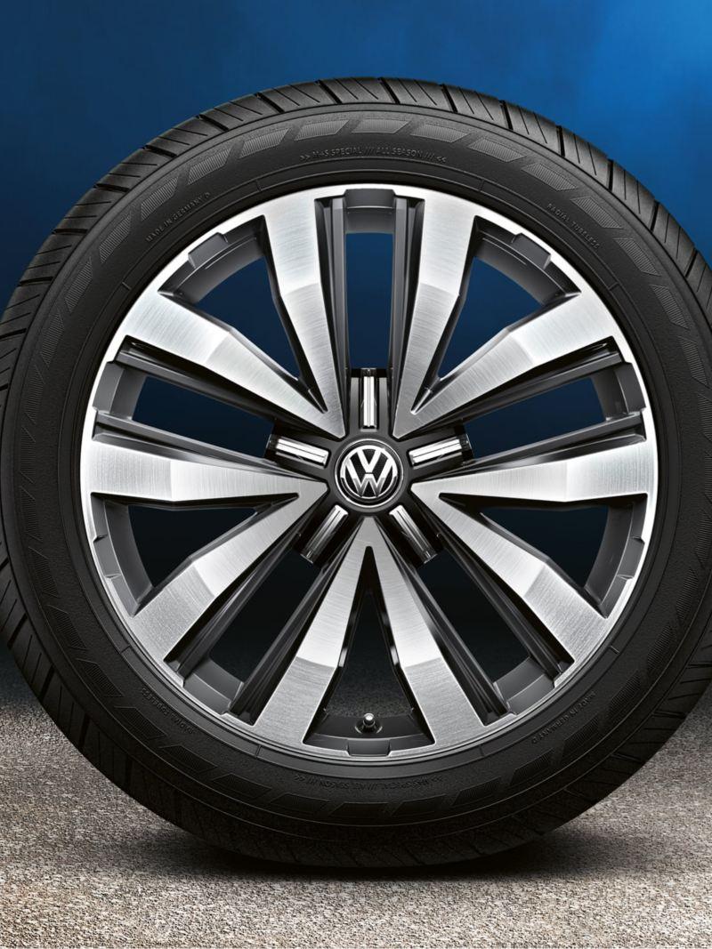 Aluminiumfälg till en VW Amarok pickup