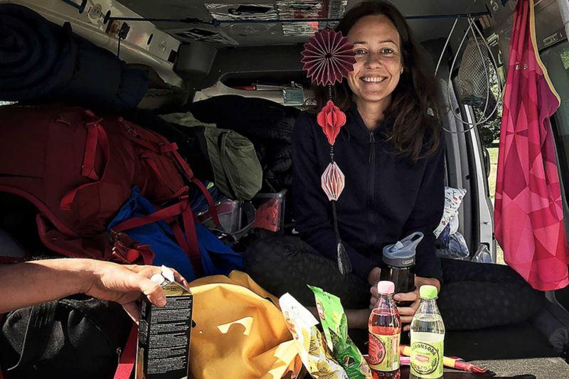 Anna fick plats i en fullpackad Caddy