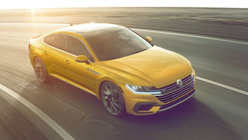 Arteon zipping on the street