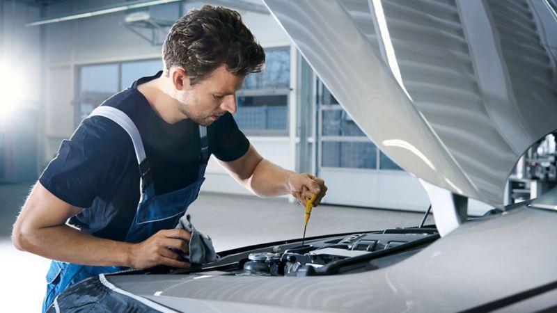 vw Volkswagen merkeverksted service oljesjekk varebil Transporter Caddy Amarok Crafter