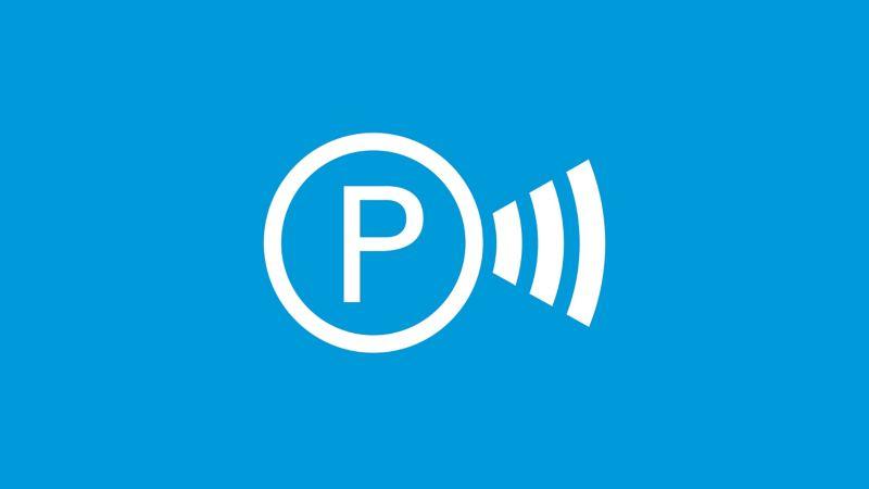 Das Symbol des ParkPilot auf blauem Grund.