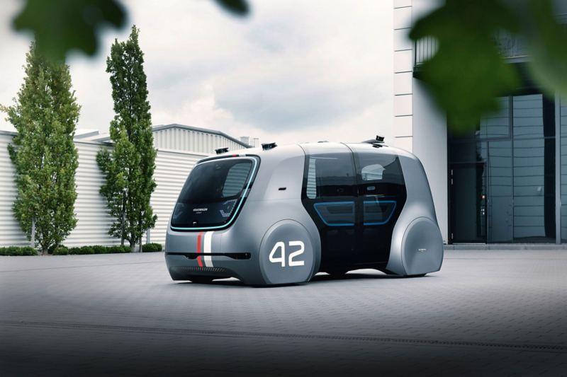 Autonomes Fahren in der Stadt mit Concept Car Cedric