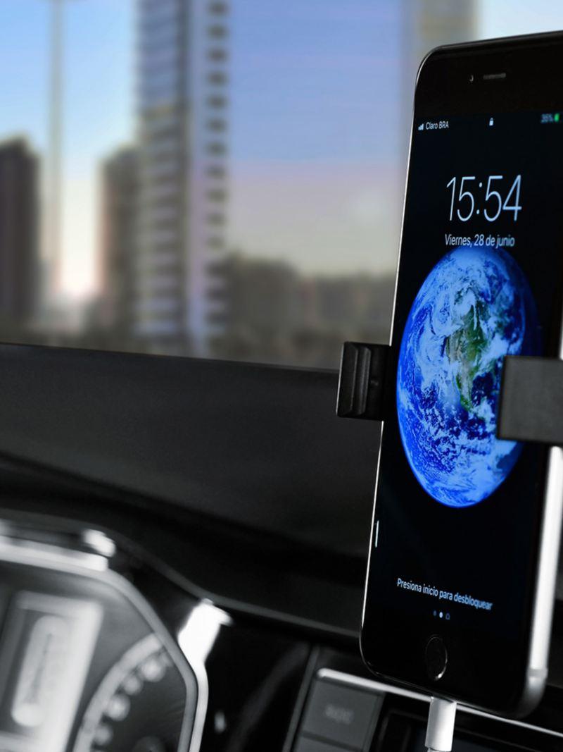 Base universal y entrada USB presentes en Nuevo Virtus de Volkswagen