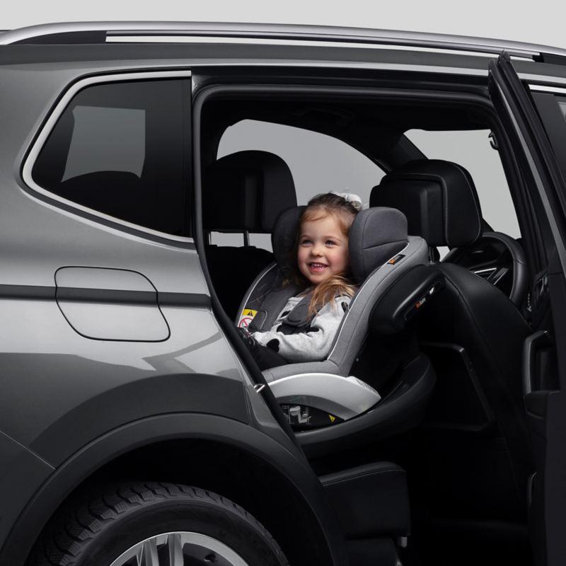 Barn i bil Barnsäkerhet är vår hjärtefråga   Volkswagen