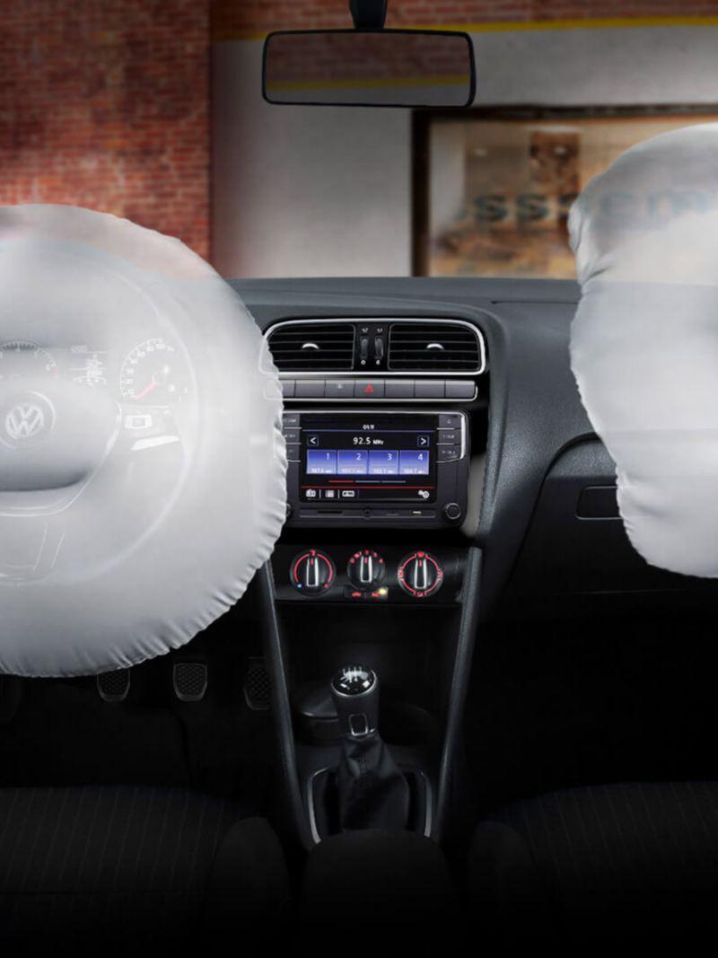 Bolsas de aire frontales presente en interior de Nuevo Polo 2020, automóvil seguro