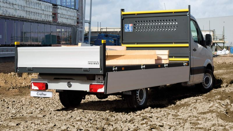Exterior view of the Crafter Dropside