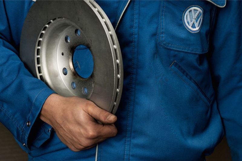 servicing technician in VW Van Centre
